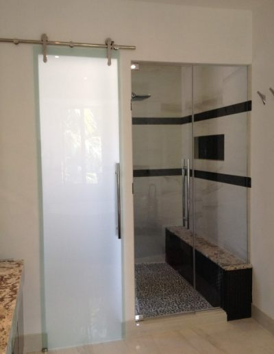 GC-by-Desing-Gallery-Frameless-Showers-Line-10