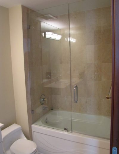 GC-by-Desing-Gallery-Frameless-Showers-Line-48